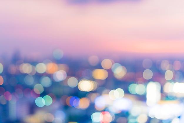 Unscharfe szene der stadtansicht in der nacht Kostenlose Fotos