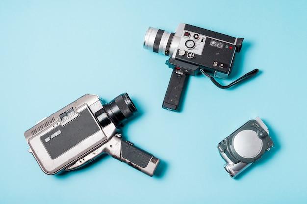 Unterschiedliche art des kamerarecorders auf blauem hintergrund Kostenlose Fotos