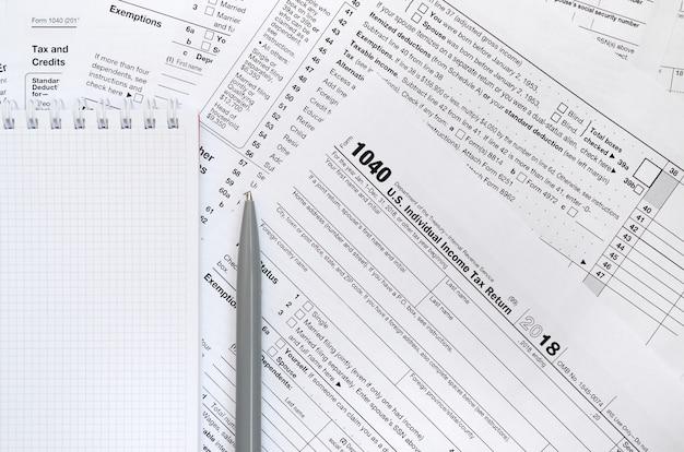 Us-einkommensteuererklärung Premium Fotos