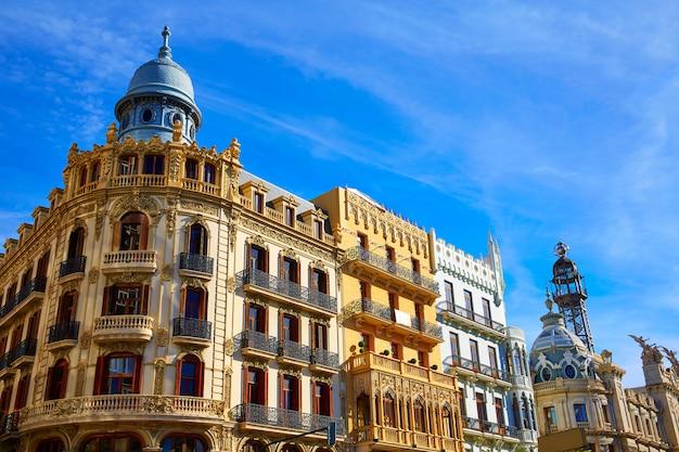Valencia ayuntamiento sq casa ferrer und noguera Premium Fotos