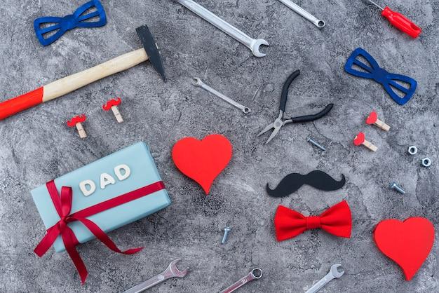 Vater `s day arrangement von sachen Kostenlose Fotos