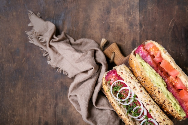 Vegetarische hotdogs Premium Fotos