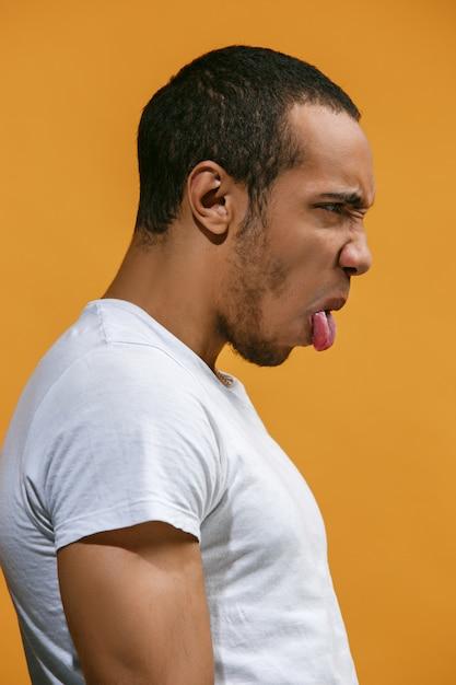 Verr U00fcckter Afroamerikanischer Mann Sieht Gegen Orange