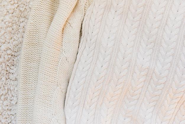 Verschiedene gestrickte texturen in beige farbe Premium Fotos