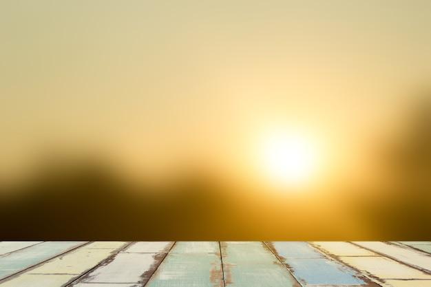 Verwischt vom goldlicht auf sonnensatz. Premium Fotos