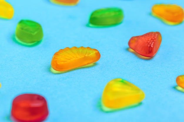 Viele bunte süßigkeiten Premium Fotos