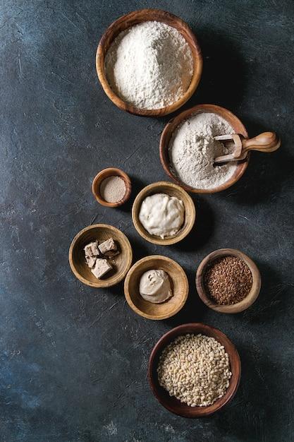 Vielzahl von mehl und getreide Premium Fotos