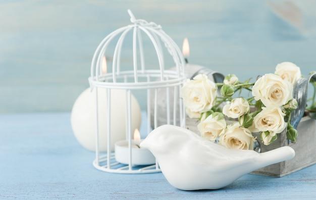 Vintage stillleben. strauß weißer rosen Premium Fotos