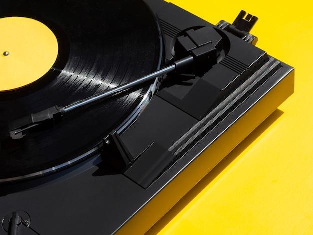 Vinylrecorder im spielernahaufnahmeschuß Kostenlose Fotos