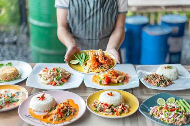 Voller satz asiatisches essen Premium Fotos
