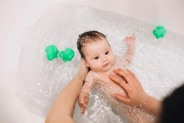 Bildergebnis für baby waschen