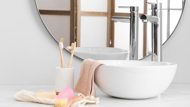 Vorderansicht des öko-kosmetikkonzepts Premium Fotos