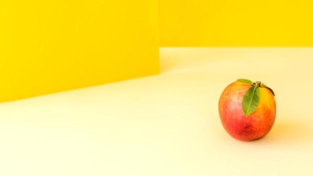 Vorderansicht köstliche exotische frucht Kostenlose Fotos