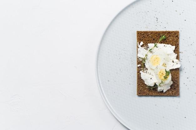 Wachtelei toast. Premium Fotos