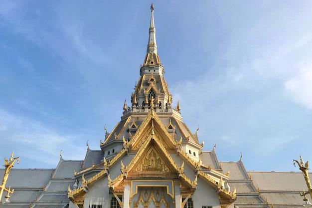 Wat sothon wararam worawihan, der buddhistische tempel bei chachoengsao in thailand. Premium Fotos
