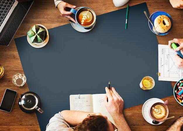 Webdesign-team working planning-website-konzept Premium Fotos