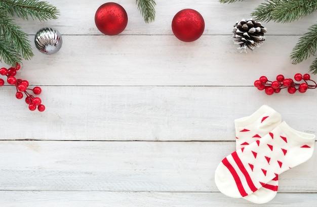 weihnachten thema hintergrund mit tannenzweigen. Black Bedroom Furniture Sets. Home Design Ideas