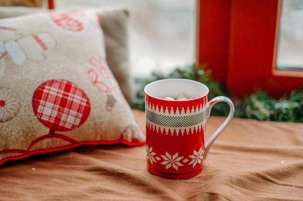 Weihnachtsbecher Premium Fotos