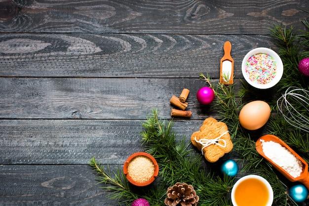 Weihnachtshandgebackene keksoberfläche Premium Fotos