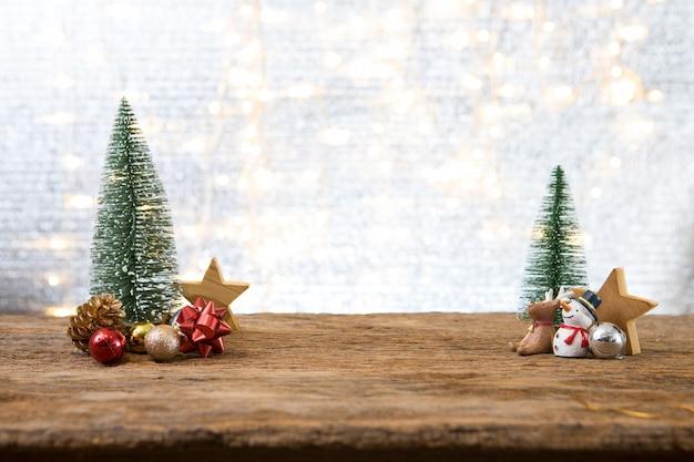 Weihnachtsneues jahr mit geschenkgeschenk-kieferhintergrund Premium Fotos
