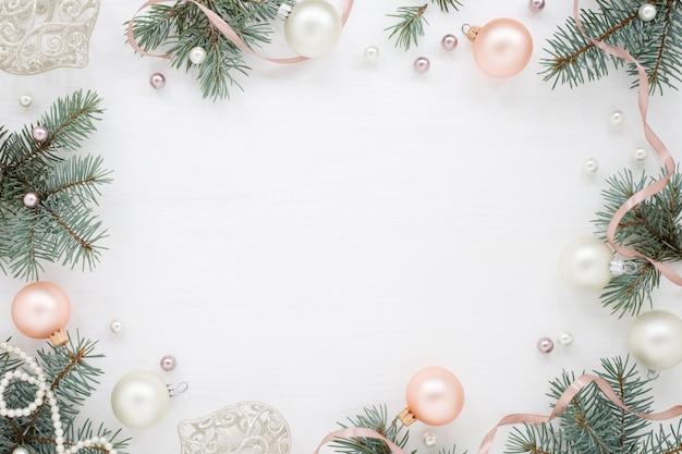 Weihnachtsrahmen der grünen äste Premium Fotos