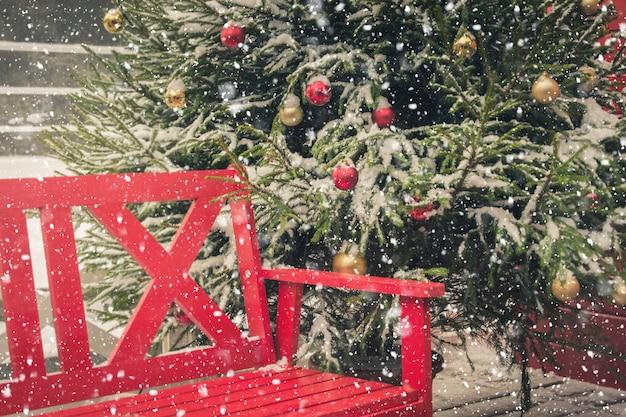Weihnachtszeit- und feiertagsstadtdekoration Premium Fotos