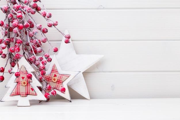 Weihnachtszweige. weihnachtsgrußkarte. symbol weihnachten. Premium Fotos