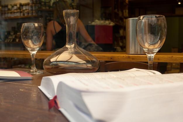Weinbuch Premium Fotos