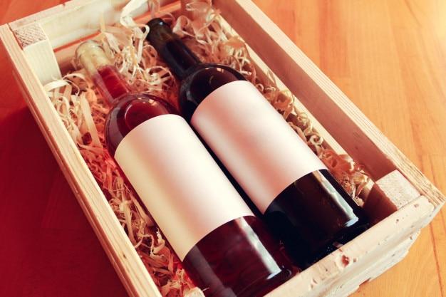 Weinflaschen, leere etiketten Premium Fotos