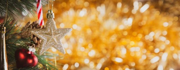 Weinlese-weihnachtsfeiertag, frohe weihnachten und guten rutsch ins neue jahr und familienglückfestival Premium Fotos