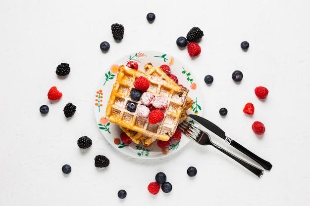 Weinlesefrühstück mit waffeln Kostenlose Fotos