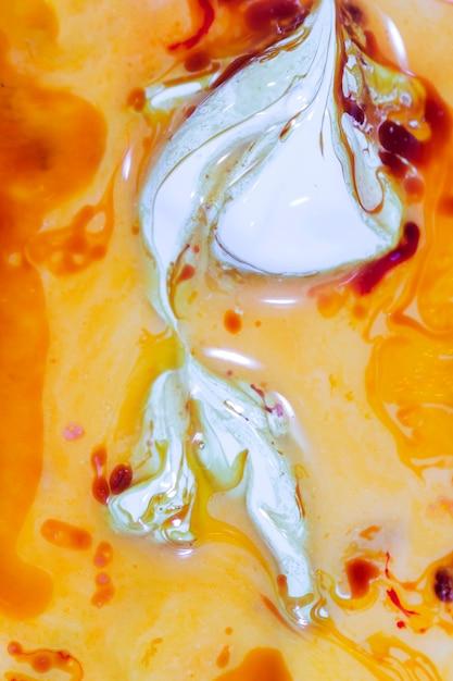 Weiße formen auf gelbem grund Kostenlose Fotos