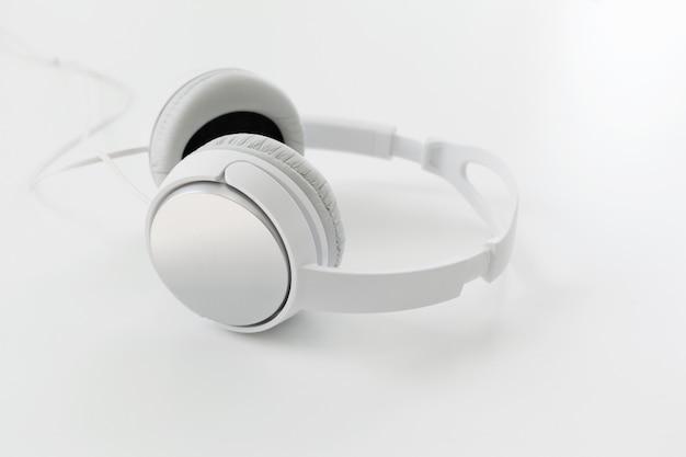 Weiße kopfhörer Premium Fotos