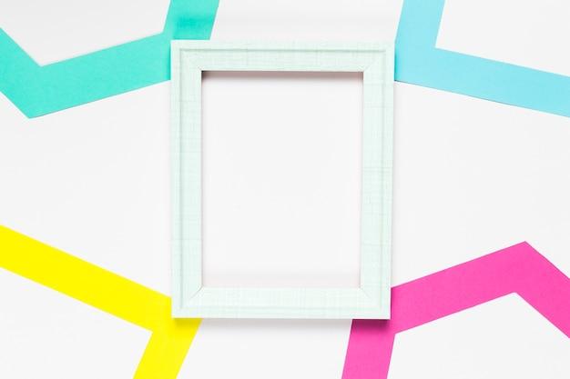 Weißer dekorativer rahmen der draufsicht Kostenlose Fotos