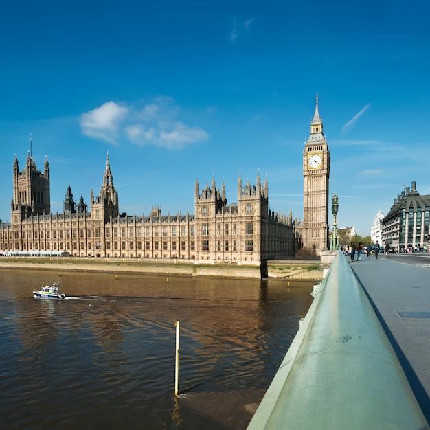 Westminster bridge in london, Premium Fotos