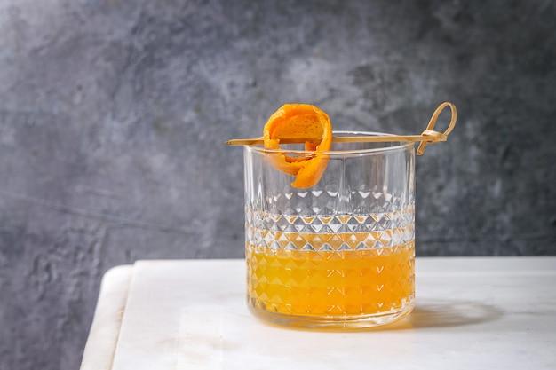 Whisky-orangen-cocktail Premium Fotos