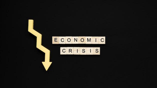 Wirtschaftskrise bockt mit abnehmendem pfeil Kostenlose Fotos