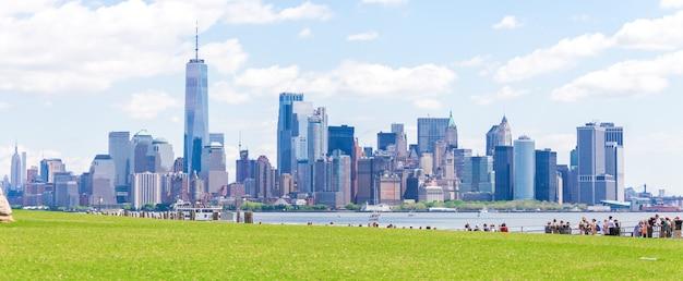 Wolkenkratzer in lower manhattan, new york in usa Premium Fotos