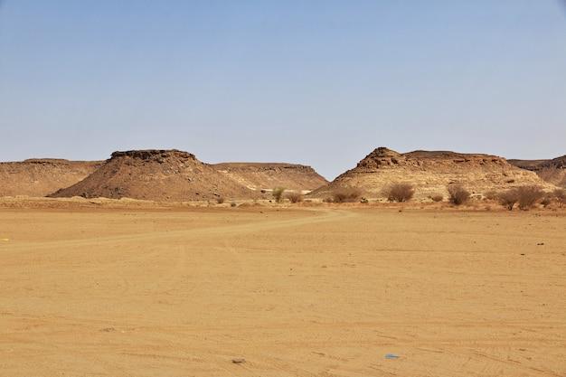 Wüste sahara im sudan Premium Fotos