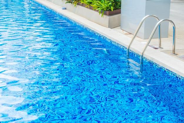 Wunderschönes luxushotel-poolresort Kostenlose Fotos