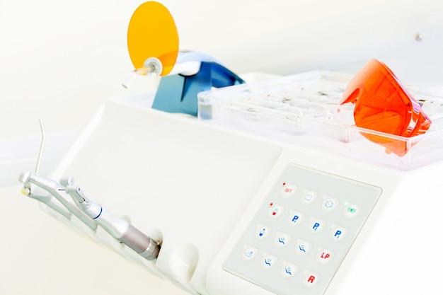 Zahnarztarbeitsplatz in der klinik Premium Fotos