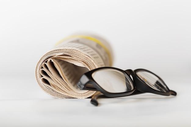 Zeitung hautnah Premium Fotos