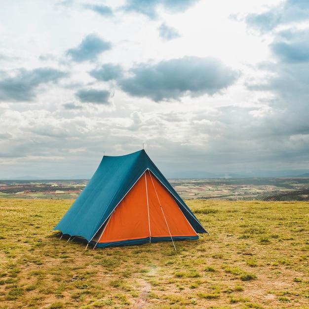 Zelt in der landschaft Kostenlose Fotos