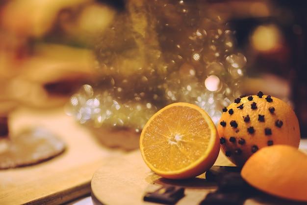 Zitronen auf einem tisch Kostenlose Fotos