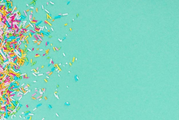 Zucker streuen punkte, dekoration für kuchen und bäckerei, als oberfläche Premium Fotos