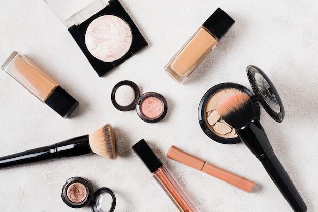 Zusammensetzung von make-up-kosmetik für frauen Kostenlose Fotos