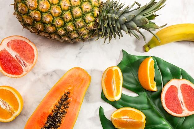 Zusammenstellung des gesunden fruchtsnacks Kostenlose Fotos