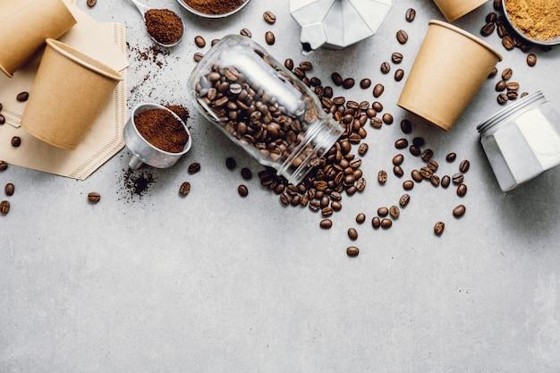 Zutaten für die zubereitung von kaffee flach legen Kostenlose Fotos