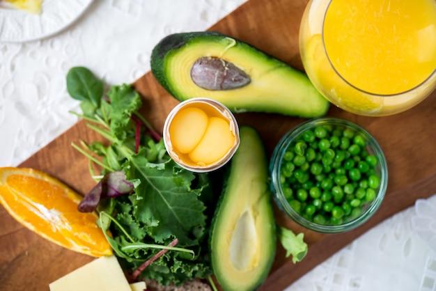 Zutaten für ein gesundes frühstück Premium Fotos