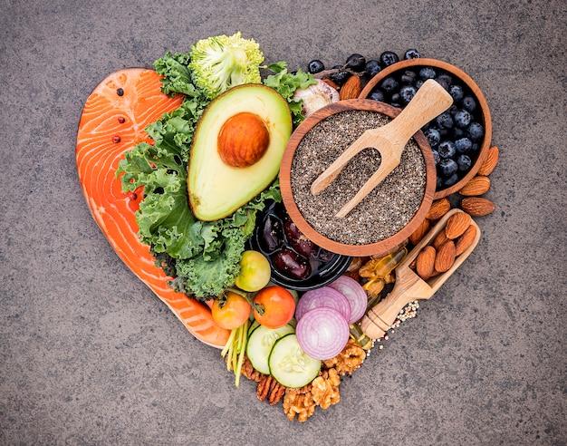 Zutaten für eine gesunde lebensmittelauswahl Premium Fotos
